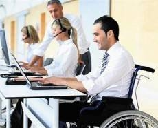 Flexible working practices could help disabled people stay in work, claims report