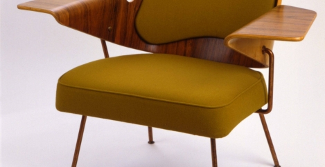 What our enduring love of wooden office furniture tells us about how we work