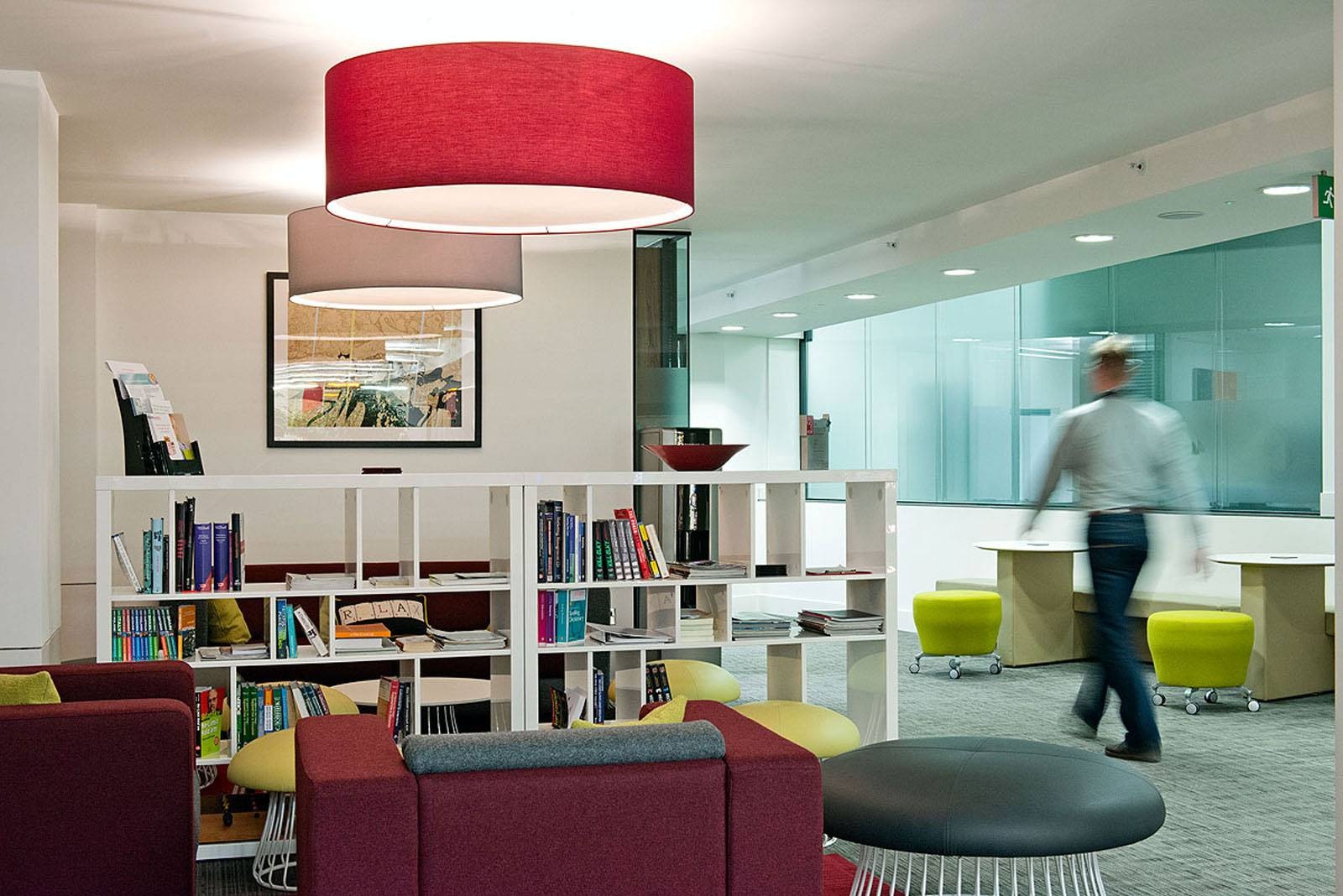 Seven essential workplace design trends to keep an eye on during