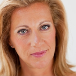 Sally Gunnell in conversation with Kate Usher on the Workplace Insight podcast