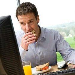 Over half of office workers have nowhere but their desk to eat lunch