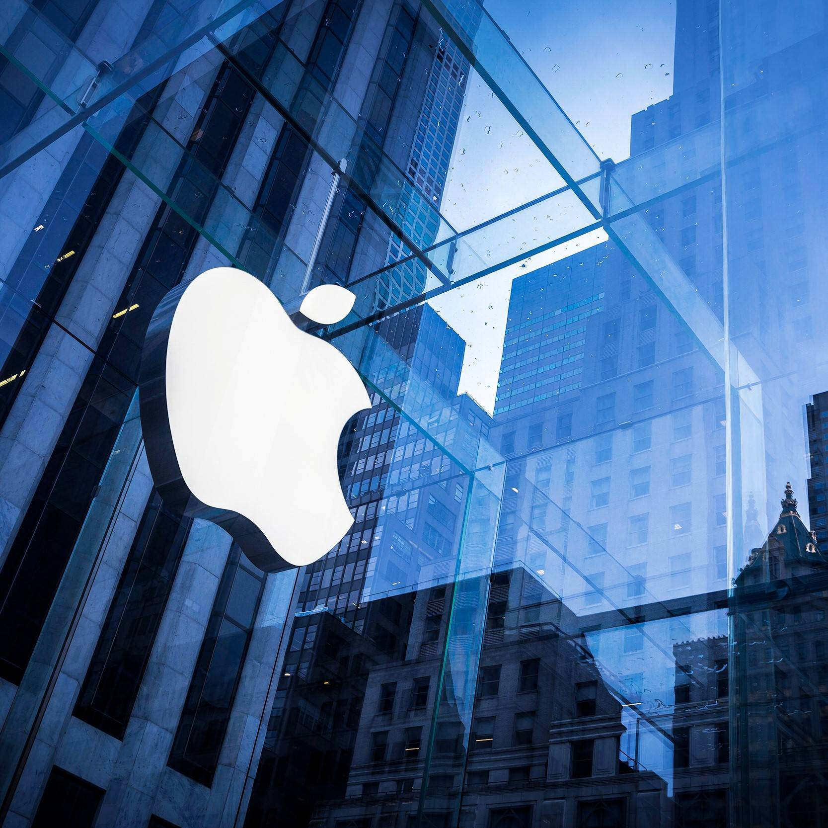 Apple granted permit to trial driverless cars in California