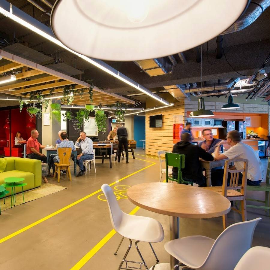 VodafoneZiggo workplace in Rotterdam sets out to redefine call centre design