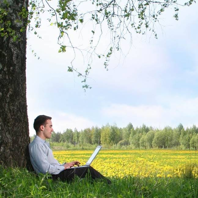 UK office workers spend limited time outside and over half complain of lack of fresh air