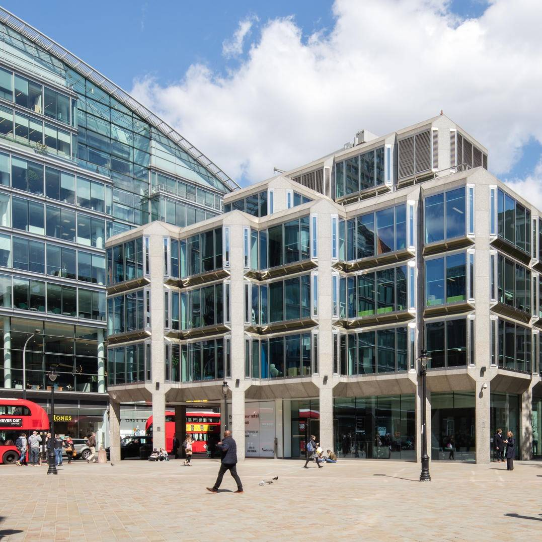 Largest commercial property firm in UK to be carbon neutral by 2030