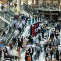Men and women make different job choices based on commute times