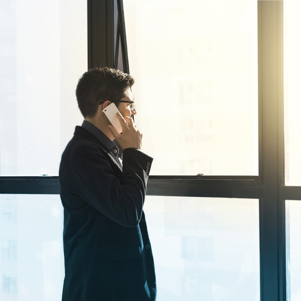 Self-confidence vs resilience: What makes entrepreneurs thrive?