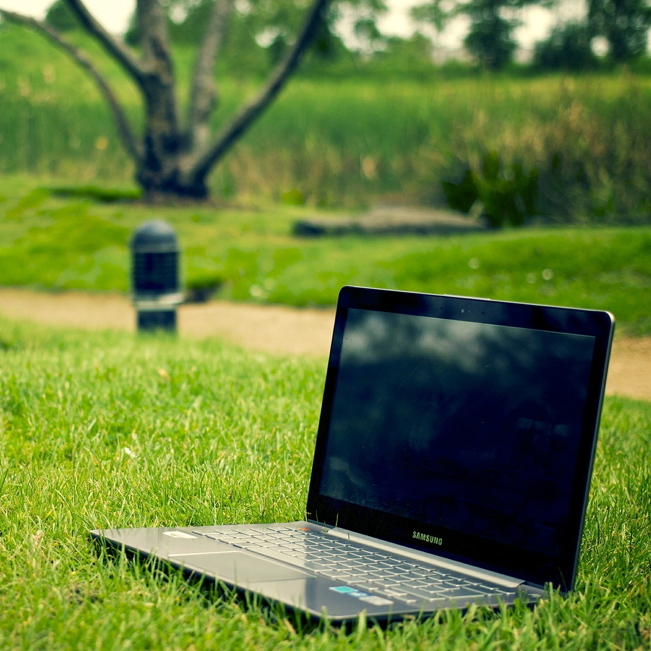 'Make flexible working requests a day-one right' says the CIPD