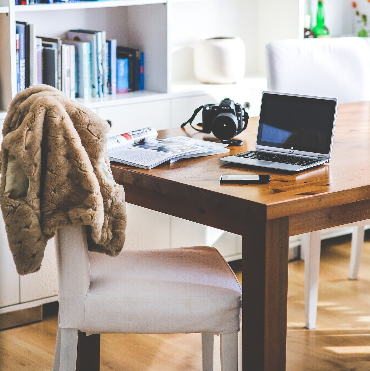 Firms split furniture budgets between home and office
