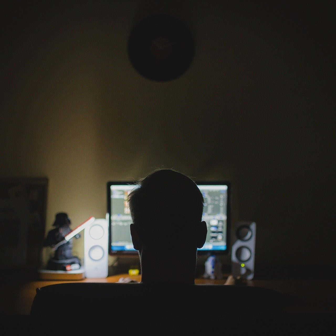 Working from home has increased UK working hours, but at what cost?