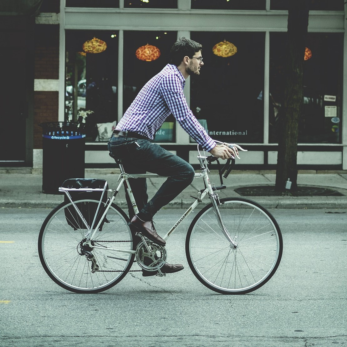 Majority of people would cycle to work if their employer offered better facilities